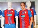 Plzeň představila nové dresy. Role manekýna se s gustem ujal David Limberský.