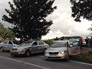 Policisté dostihli ujíždějící kradený vůz až u Strančic ve středních Čechách