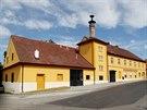 Budova pivovaru v Hostomicích na Berounsku.