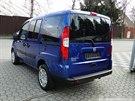 Pohřešovaný taxikář jezdí tímto automobilem značky Fiat Doblo.