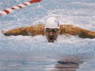 Michael Phelps na mítinku v Athens na trati 100 metrů motýlek.