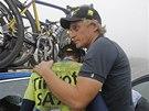 SMUTEK �AMPIONA. Alberto Contador v des�t� etap� Tour de France kv�li zran�n�