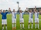 DĚKOVAČKA. Fotbalisté Liberce se radují z vítězství v pohárovém utkání v