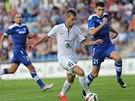 Michal Ďuriš z Mladé Boleslavi proniká v utkání druhého předkola Evropské ligy