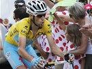 ŽRALOK ÚTOČÍ. Vincenzo Nibali ve třinácté etapě Tour de France.