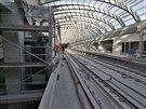 V budoucí konečné  stanici Motol je podobné kolejiště, jako na Hlavním nádraží. Stanici ovšem opustíte netypicky. Výtahem nebo po schodišti zamíříte dolů.