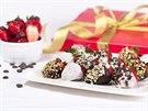 Vedle kytic vyrábí firma také ovocné bonboniéry. Ty tvoří zhruba pětinu...