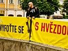 Logo 49. ročníku filmového festivalu Karlovy Vary nechybí ani na mikinách....