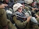 Izraelští vojáci poblíž hranic s pásmem Gazy (13. 7. 2014).
