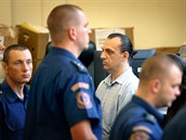 Jeden z obviněných při závěru soudního procesu s únosci podnikatelů, které vedl...