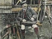 Citerista Franz Hoyer na Luční boudě před 1. svět válkou (pohlednice).