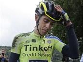 BLÍŽÍ SE KONEC. Alberto Contador po pádu v desáté etapě Tour de France,