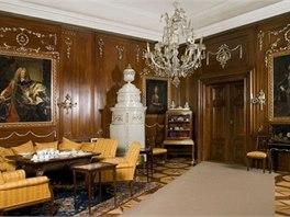 Prohlídková trasa zámku Buchlovice zahrnuje 17 pokojů, salonů a koridorů