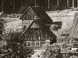 Vacardův vodní mlýn s pilou na Sněhově v Malé Skále na Jablonecku na historické...