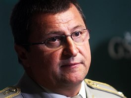 Ředitel Agentury vojenského zdravotnictví generál Božetěch Jurenka