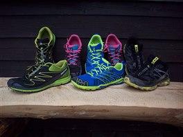 Trailová obuv, zleva Salomon Sense Mantra, pánské a dámské Inov-8 Trailroc a...