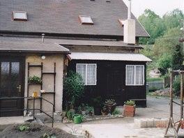 Dům ještě s původní přístavbou