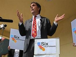 Americký miliardář Tim Draper zahájil 15. července kampaň za rozdělení...