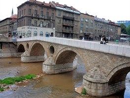 Latinský most je jednou z nejvýznamnějších památek Sarajeva. Je na jeho znaku i...