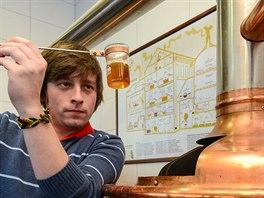 Základem kvalitního piva je dobrý sládek. Na fotografii sládek z Anduly, pan Jan Wiesner.