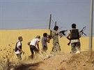 O letiště v Tripolisu se bojuje od 13. července.
