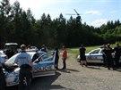 Po ozbrojeném muži u Malých Kyšic pátralo několik policejních jednotek (22....
