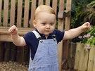 Princ George ještě před prvními narozeninami začal sám chodit.