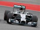 Z�vodn�k Mercedesu Nico Rosberg v �vodu z�vodu v N�mecku poodj�d� sv�m
