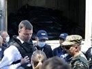 Experti z OBSE a nizozemští vyšetřovatelé dorazili do ukrajinské obce Torez,...