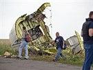 Vyšetřování trosek Boeingu 777, který spadl na Ukrajině.
