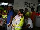 Mnoz� obyvatel� Caracasu naz�vaj� Davidovu v� doup�tem zlod�j� a je pro n�...