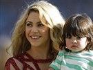 Shakira a její syn Milan (Rio de Janeiro, 13. července 2014)