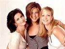 Courteney Coxová, Jennifer Anistonová a Lisa Kudrowová v seriálu Přátelé