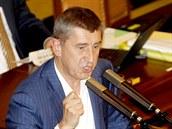 Ministr financí Andrej Babi� se zlobí na �SSD. Pro�el návrh poslance Milana...