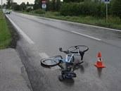 Jedenáctiletou dívku na jízdním kole vážně zranil automobil v Královci na...
