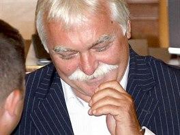 Poslanec ČSSD Milan Urban prosadil přes odpor ministra financí snížení...