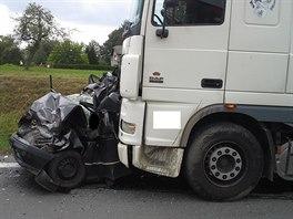 Při srážce dvou nákladních a jednoho osobního automobilu zemřeli v Klimkovicích...