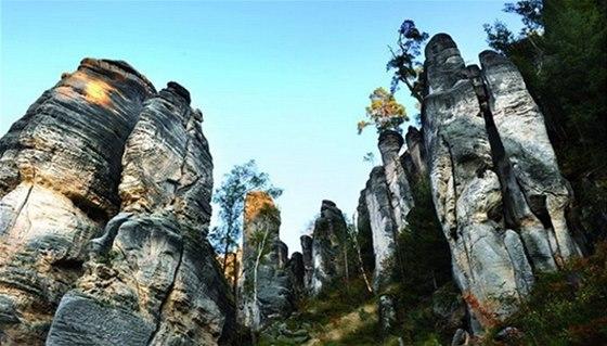 Prachovské skály jsou nejznámější částí chráněné krajinné oblasti Český ráj