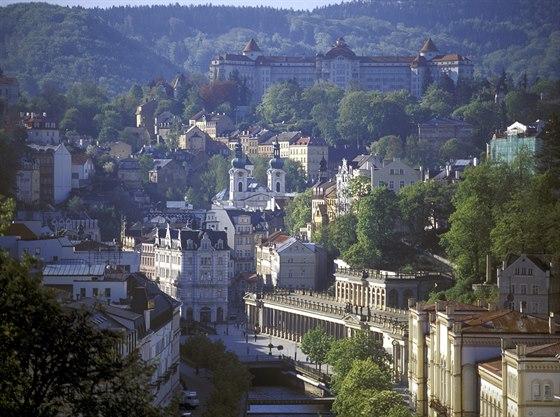 Karlovy Vary jsou pro našince snadno dostupné, snad proto krásu lázní a jejich...