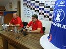 Generální manažer Ladislav Minář (vpravo) a trenér Leoš Kalvoda chtějí Olomouc okamžitě vrátit do ligy.
