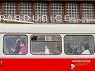 O jízdu histroickými vozy byl mezi cestujícími zájem.