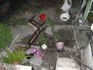 Strážníci našli v domě mnoho rozbitých věcí. To ještě netušili, že se na ně...