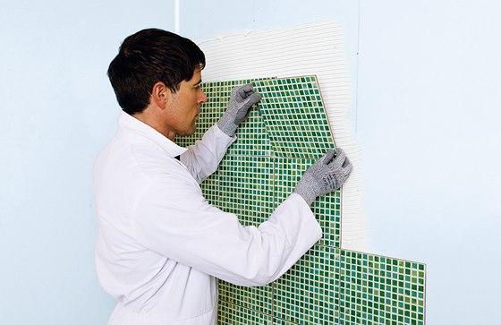 Glasroc H je speciální sádrová deska se skelnou výztuží, která je mimo jiné