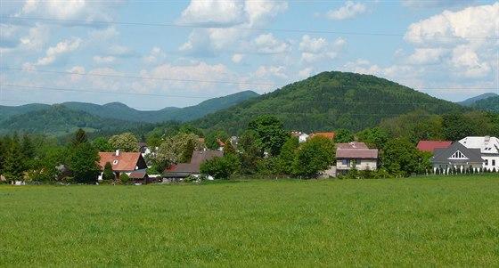 Kamenický Šenov se nachází uprostřed nádherné krajiny.
