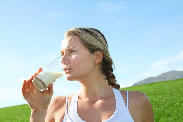 S intolerancí nebo alergií na laktózu na mléko zapome�te.