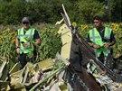 Mezinárodní experti na místě pádu malajsijského boeingu na východě Ukrajiny (5....