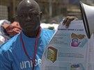 Pracovníci UNICEF šíří osvětu o ebole (1.srpna 2014).