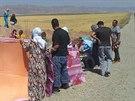 Jezídové, kteří uprchli před Islámským státem z města Sindžár (8. srpna 2014).