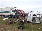 Nehoda na prvním kilometru dálnice D8, která skončila vážným zraněním jednoho...