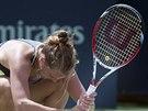 Barbora Záhlavová-Strýcová se vzteká během prvního kola na turnaji v Montrealu.